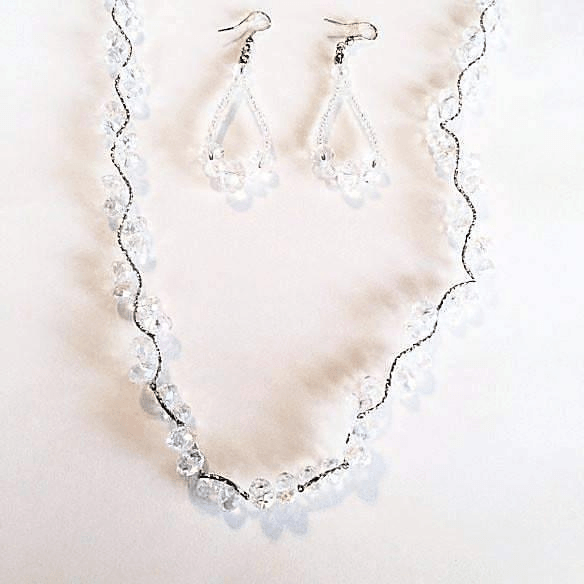 Long Necklace in Crystal Vine and Earrings Set