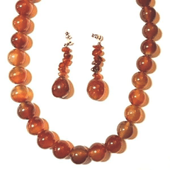 Chunky Choker Necklace in Acrylic Amber Beads