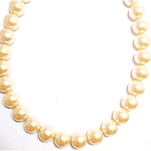 Chunky Peach Necklace Round Beads Simulating Pearls