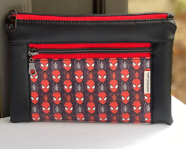 Devon Pouch - Regular - Spiderman Vinyl