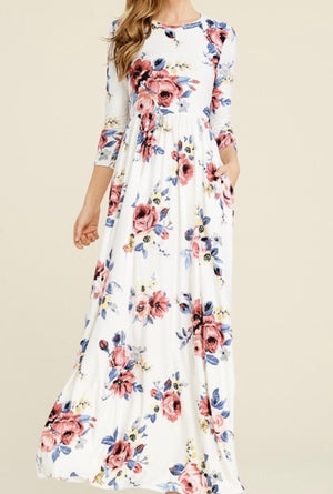 Yasmines 3/4 sleeve Maxi Dress w/pockets