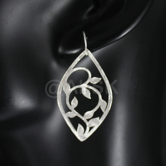 925 STERLING SILVER 49mm Enchanted Creep Leaves Dangle Brushed Earrings BE6