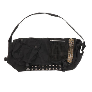 """T"" STUDS SHOULDER BAG"