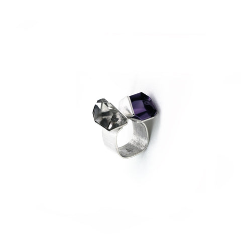 Crystal Links Ring