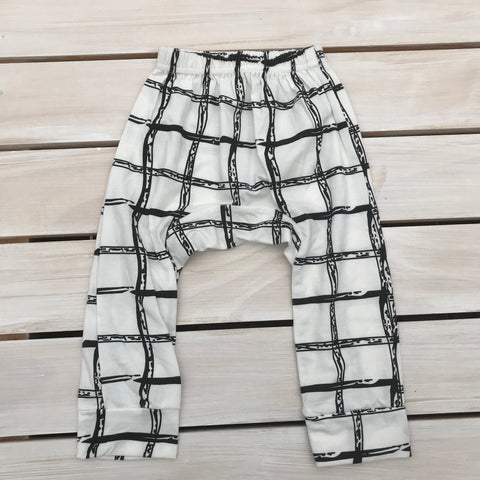 White & Black check pants