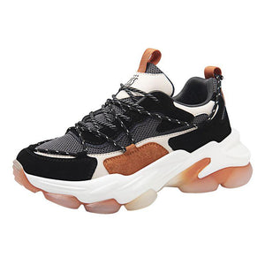 High end PU sports shoes with a suction membrane sole