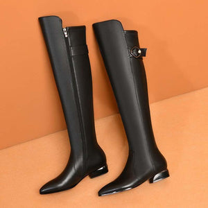 Overknee leather boots with pointed toes and high fleece boots