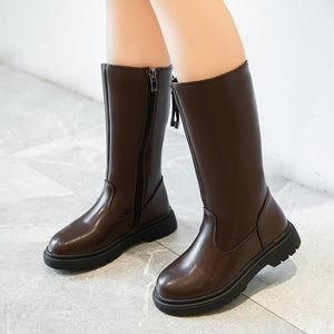 Winter boots for children with cotton and leather uppers to keep them warm
