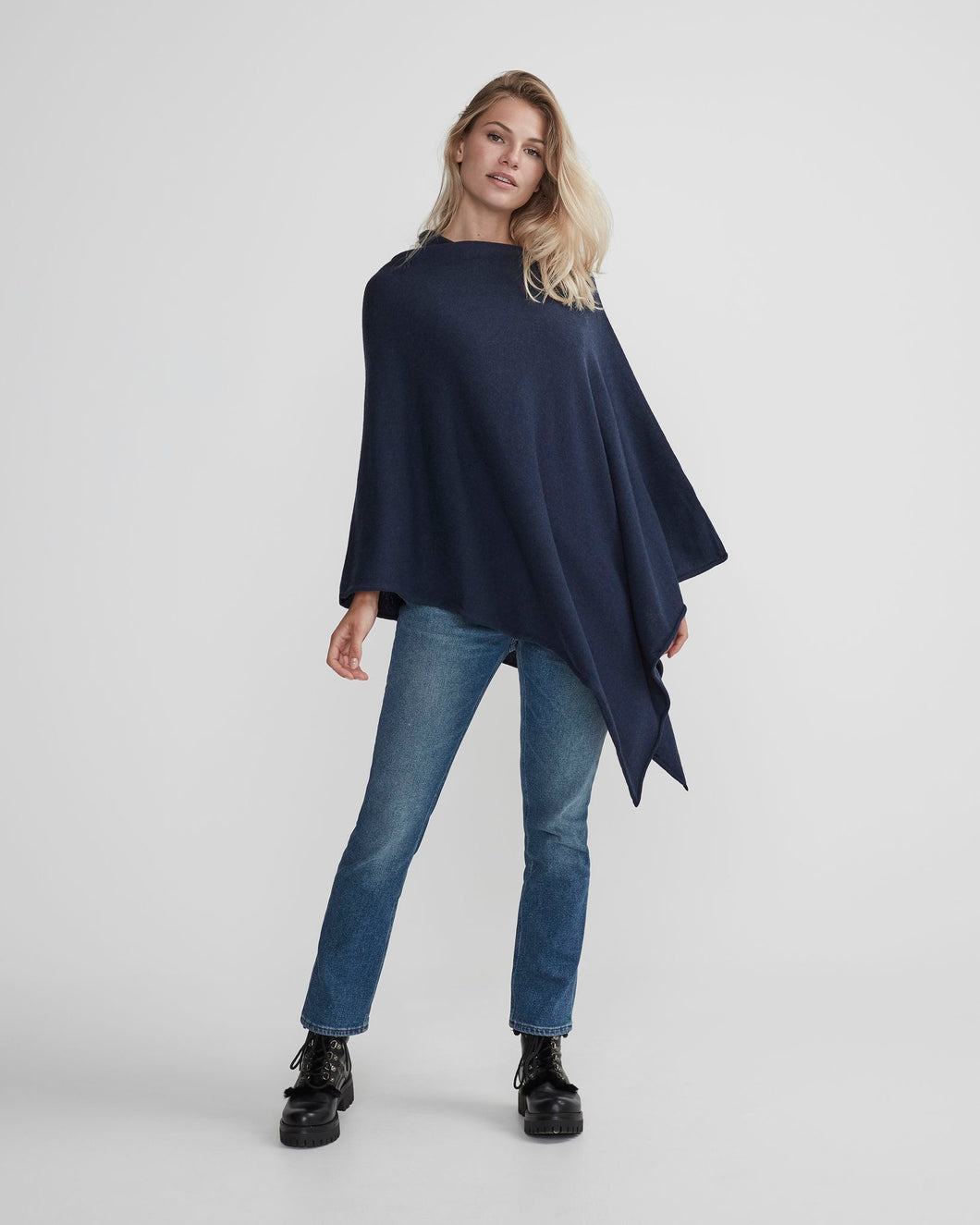 Holebrook Sofie Women's Merino Wool Poncho