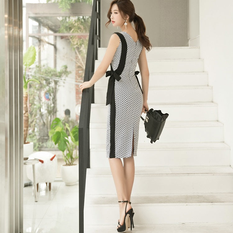 Darena Chevron Stripes Dress