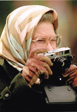QE 16 - The Queen & Leica camera, 1995.