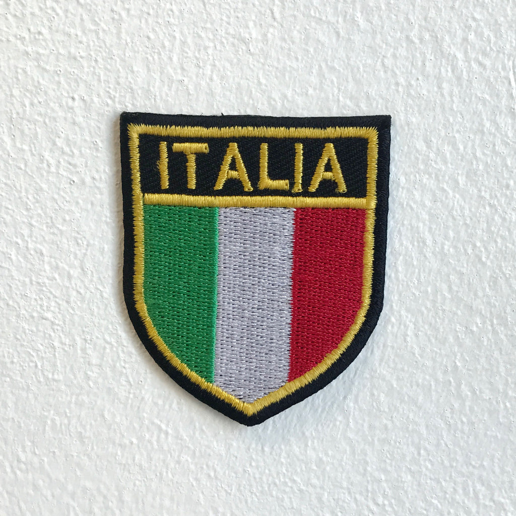 Italia Flag Badge Iron Sew on Embroidered Patch
