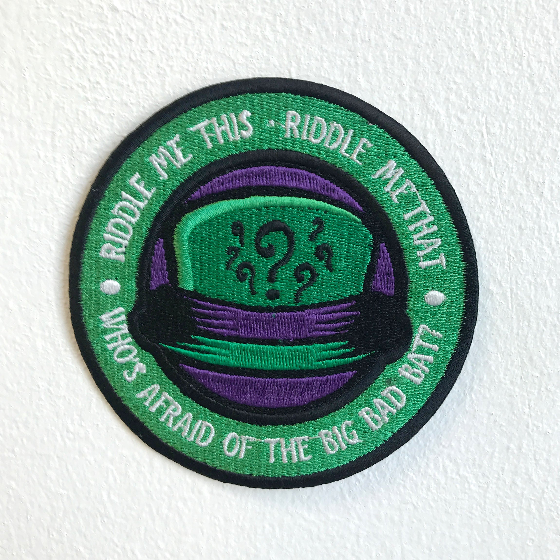 Riddle me this Riddle me that Joker hat badge Iron Sew on Embroidered Patch