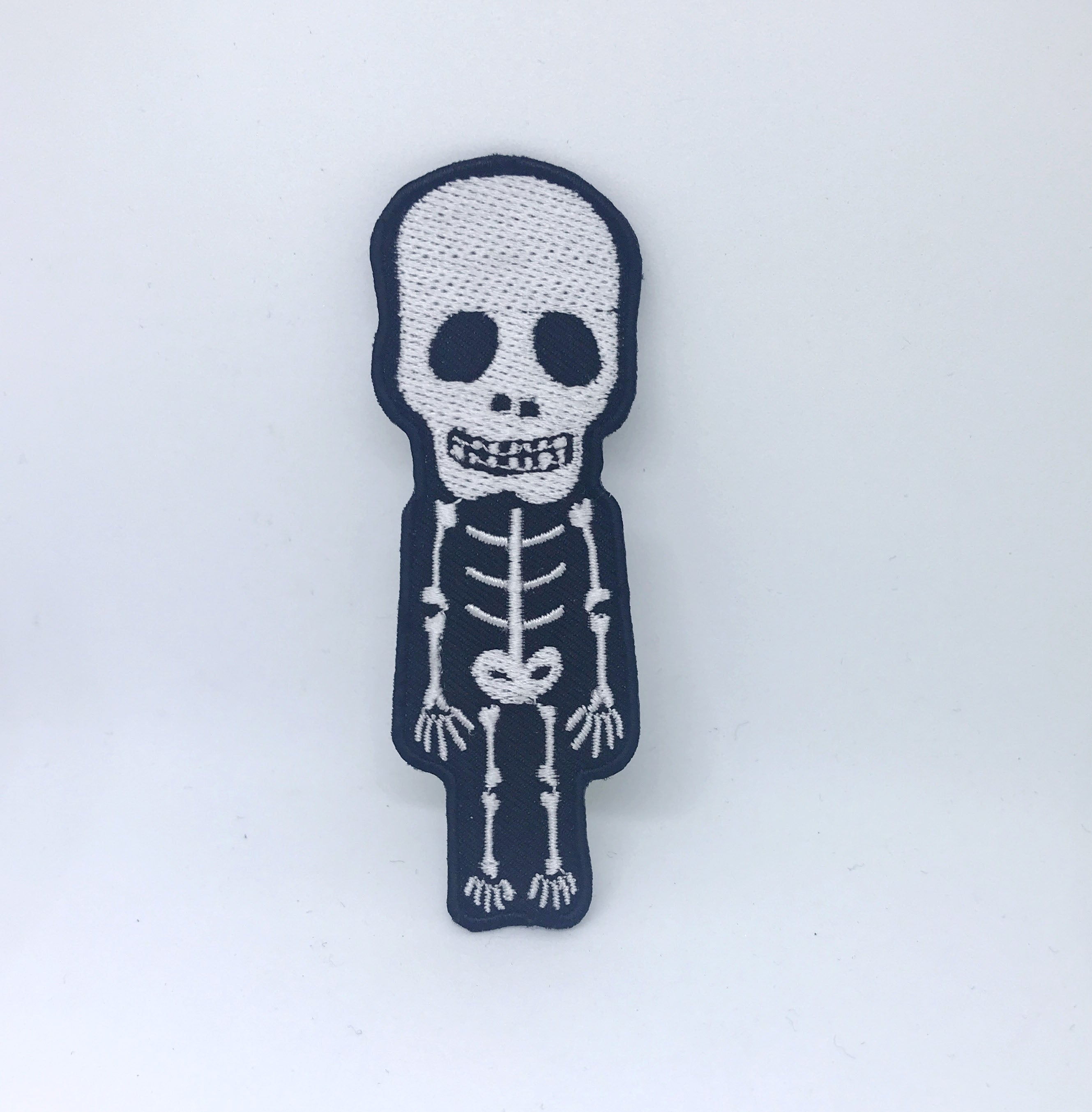 CUTE Skull Skeleton Biker Rock Goth Emo BOW Embroidered Sew Iron On Patch - White