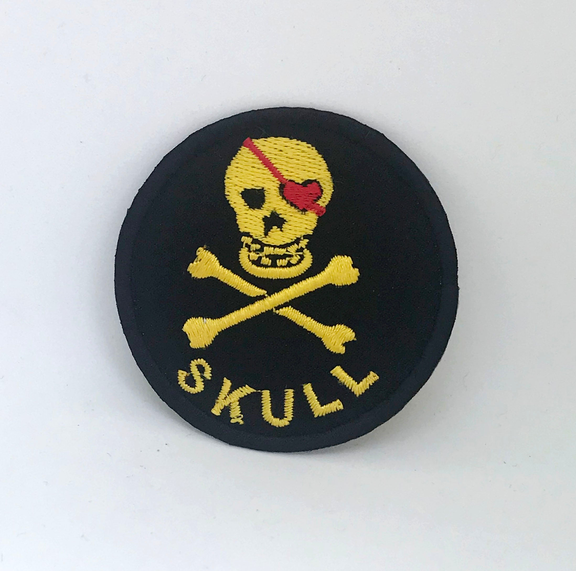 Skull With Crossbones Round Iron on Sew on Embroidered Patch white YELLOW