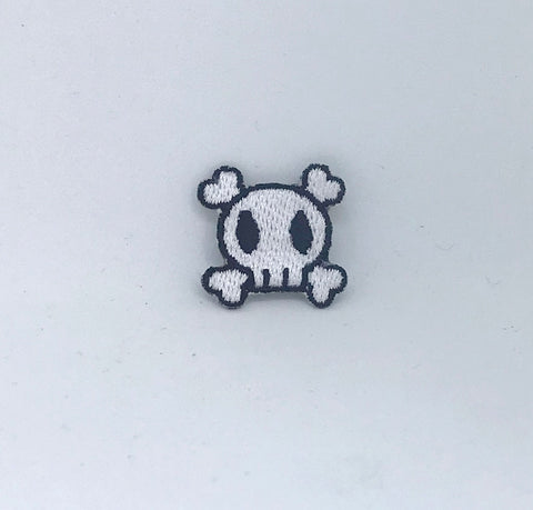 Crossbones Black & White Skull Iron on Sew on Embroidered Patch