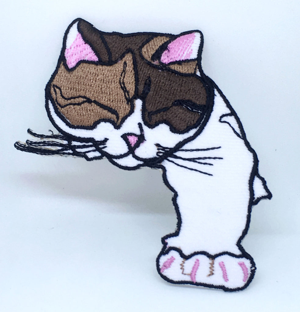 Animal dogs cats snakes honey bee bear spider lamb Iron/Sew on Patches - Cute Sleeping Cat
