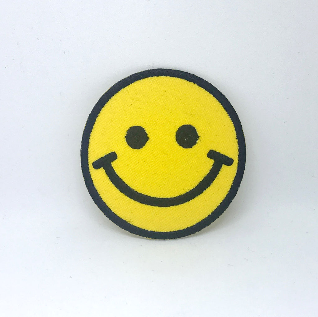 Smiley Face Clothes T Shirt Badge Iron On Sew On Embroidered Patch