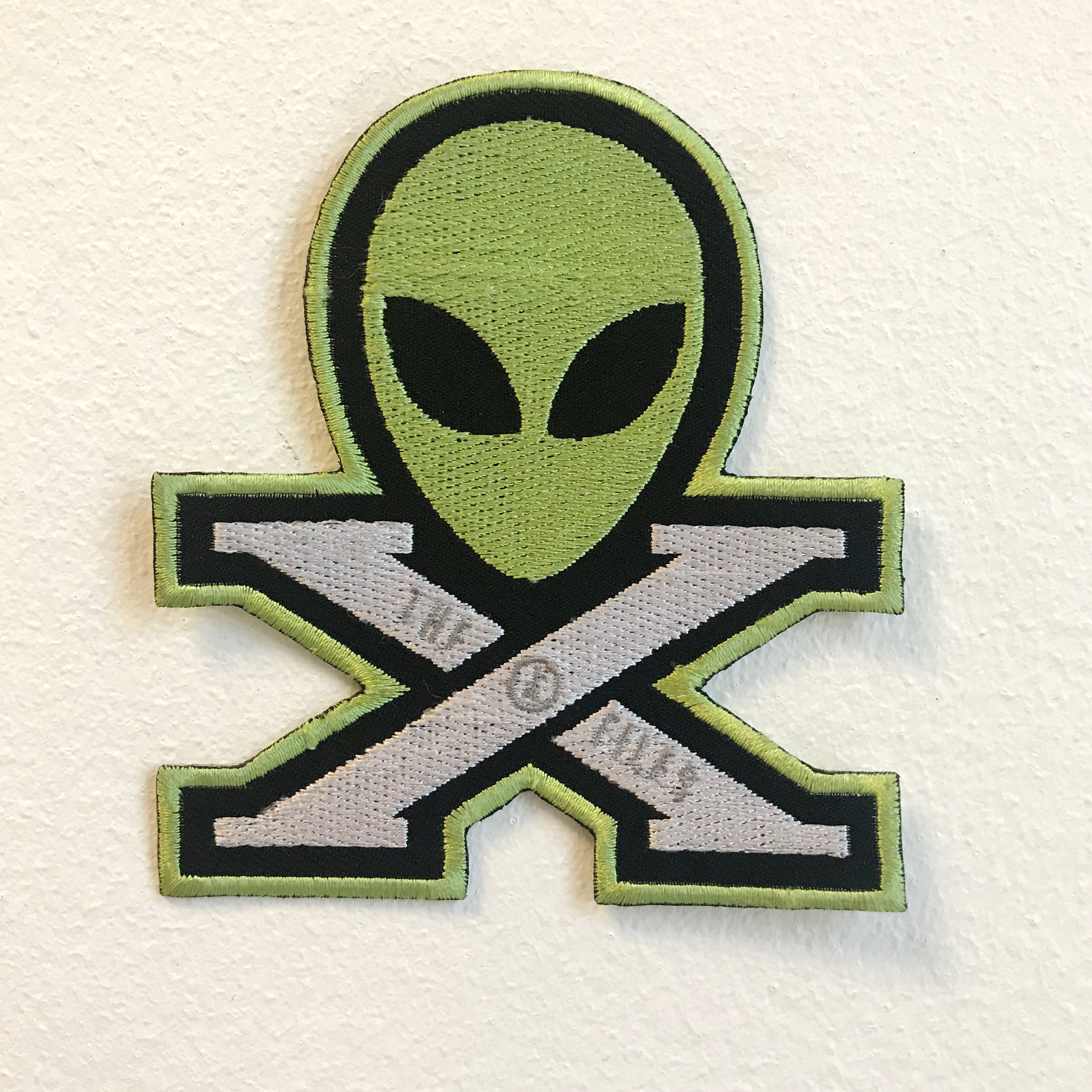 X Files Alien face Logo Badge Iron on Sew on Embroidered Patch