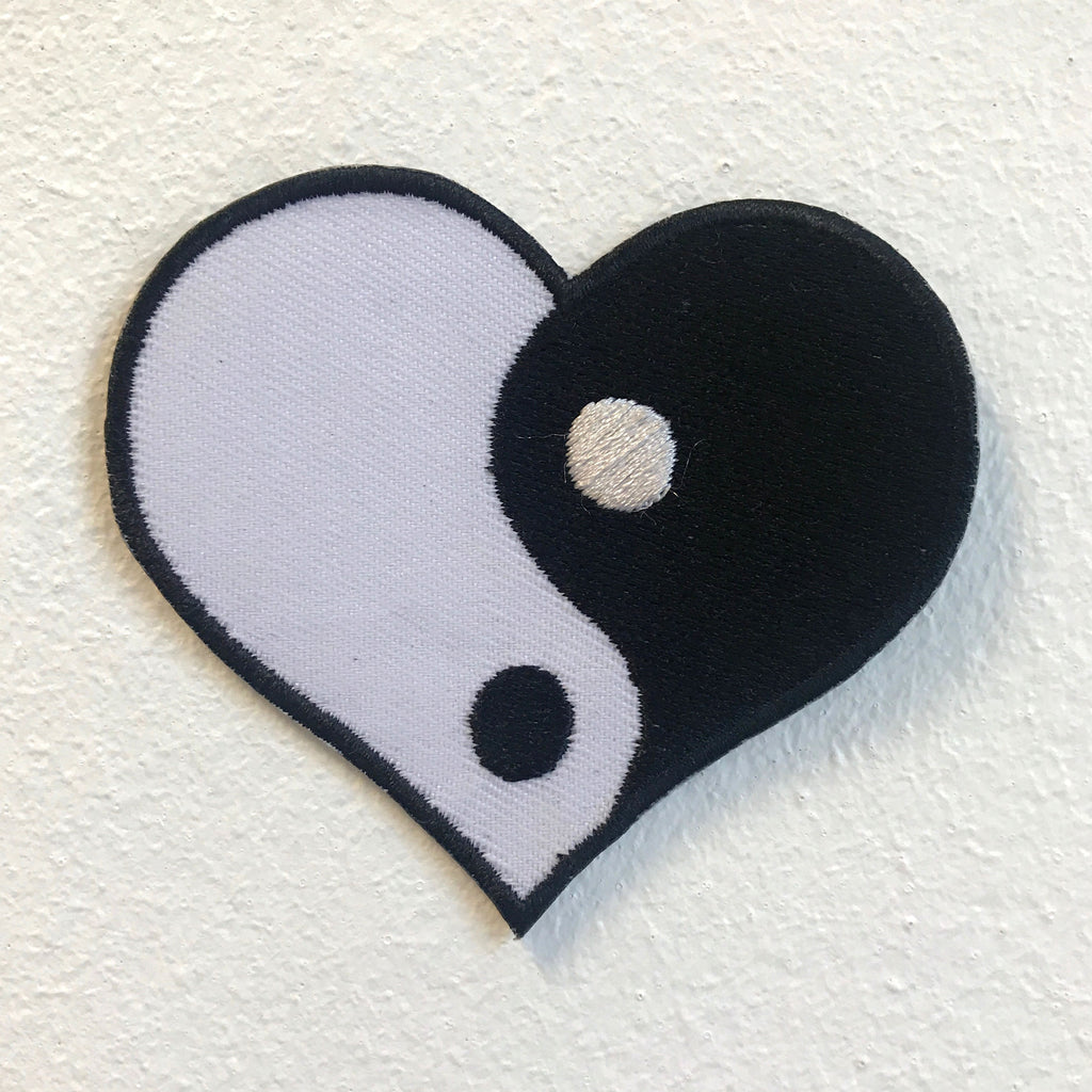 Yin yang Peace Cute Heart Shape Iron on Sew on Embroidered Patch