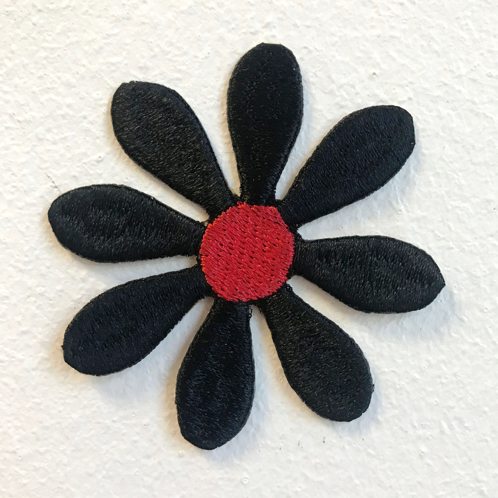 Cute Black Flower Daisy Flower Iron on Sew on Embroidered Patch - Patches-Badges