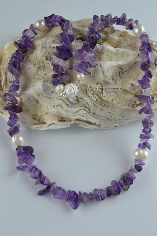Necklace: Amethyst and Pearl - Precious as a Pearl