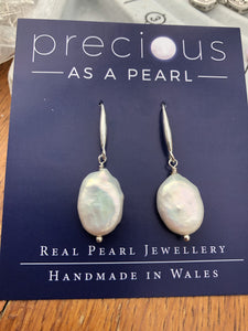 Earrings: freshwater ivory pearl baroque coin drop oval - classic - Precious as a Pearl