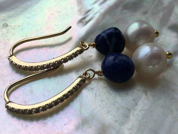 Earrings: Ivory freshwater Pearl with blue lapis lazuli on gold-filled hooks - Precious as a Pearl