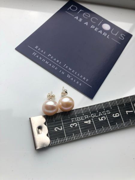 Pearl Stud Earrings: Peach XL - Precious as a Pearl
