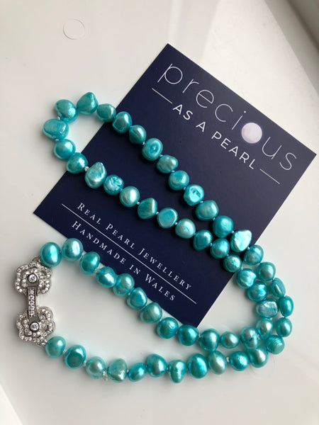 Necklace: Sea green fresh Pearl necklace - classic - Precious as a Pearl