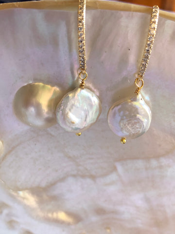 Earrings: Ivory pearl coin drop on gold-filled sparkling hooks - classic - Precious as a Pearl