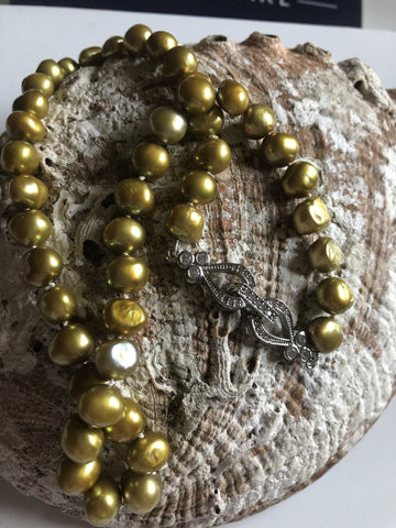 Necklace: Green bronze baroque pearl necklace