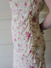 VINTAGE | Hugo Buscati Floral and Lace Rayon Midi Dress - Cream/Pink (S-M)