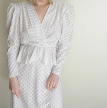 VINTAGE | 80's Scarface Puff Sleeve Midi Dress - Cream (Size 4)