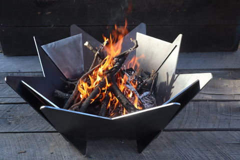 Abstract Fire Pit - Geometric Fire Ring - Steel Fire Place - Modern Backyard - Wood Burning