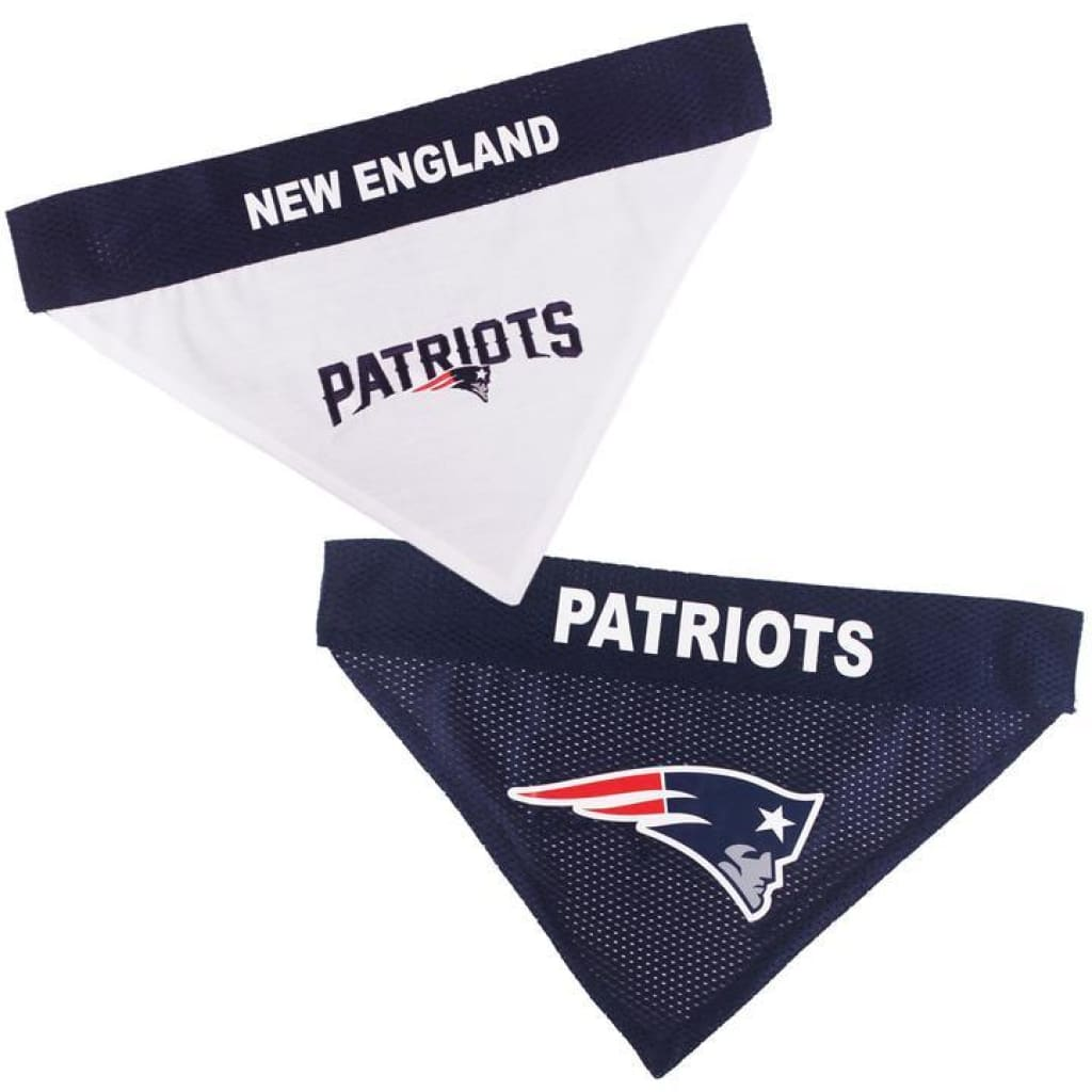 Pets First New England Patriots NFL Reversible Bandana - Cleaner Tails