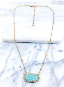 Stone Short Necklace in Turquoise