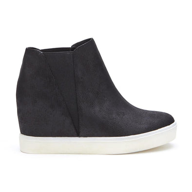 Lure Low-Wedge Sneaker