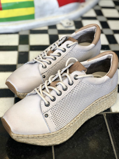 Meridian in Dove Grey Sneakers