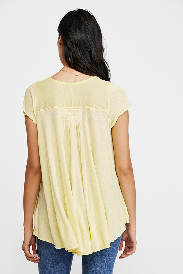 Highland Tee - Light Yellow
