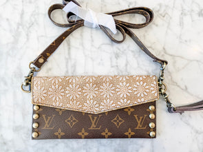 No Nonsense Crossbody
