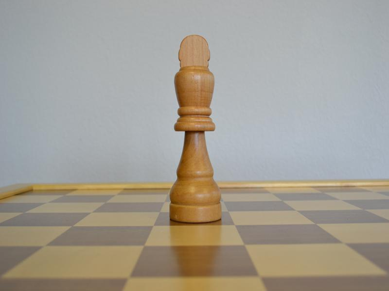 MegaChess 7 Inch Light Rubber Tree King Giant Chess Piece |  | MegaChess.com