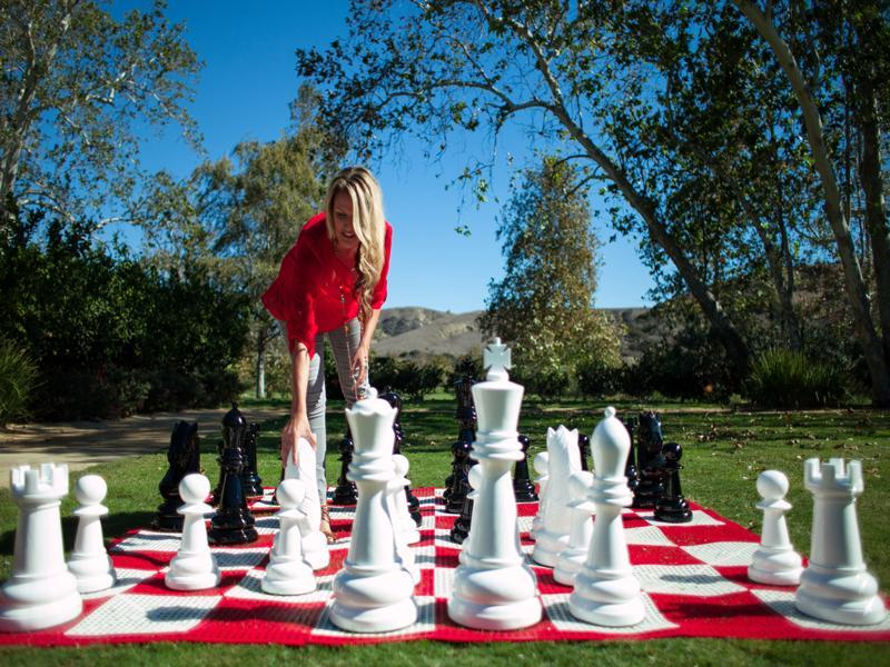 MegaChess 24 Inch Fiberglass Giant Chess Set |  | MegaChess.com