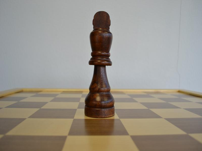 MegaChess 7 Inch Rubber Tree Giant Chess Set |  | MegaChess.com