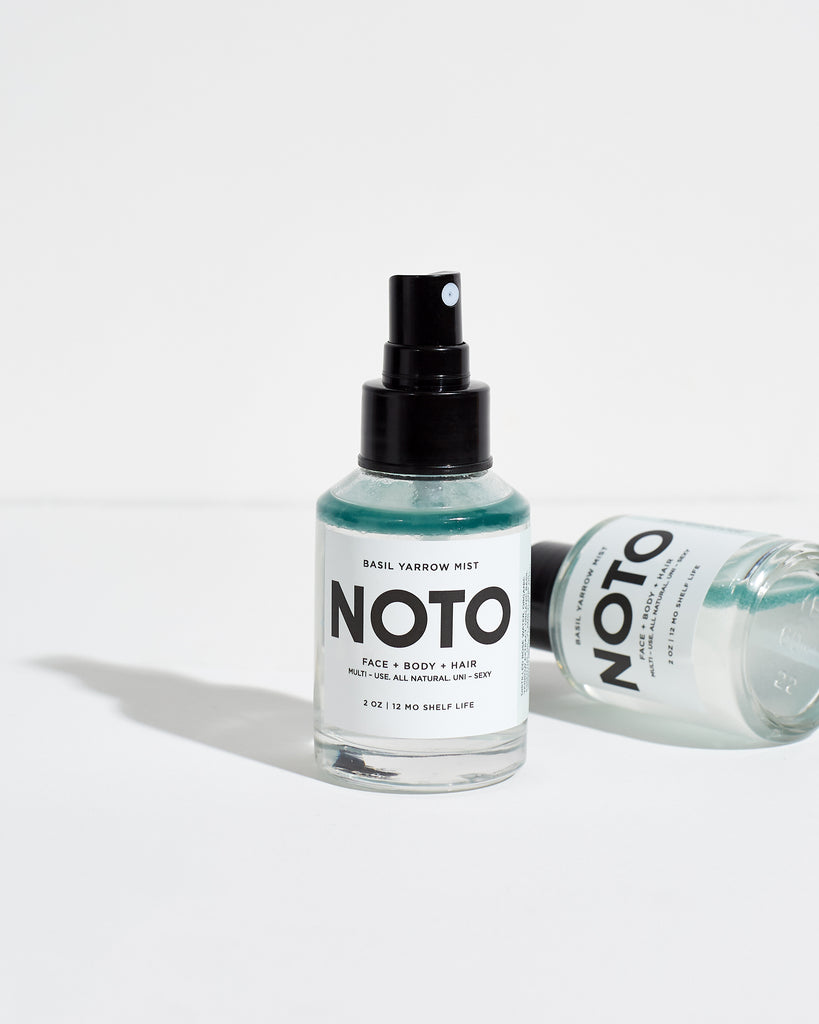 A gentle-toning mist to awaken thirsty skin and hair with the unique smell that Basil and Ylang Ylang offers made by beauty brand, NOTO Botanics. Made with Rose Water, Organic Yarrow extract, Organic Basil essential oil, Ylang Ylang oil, German (blue) Chamomile, and Lavender. Use as light moisturizer or toner.