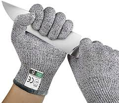 How to make the right choice of protective gloves?