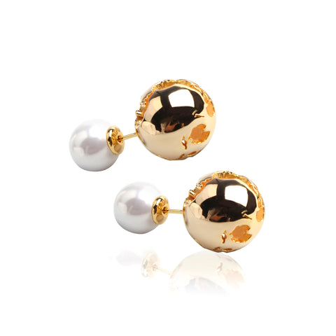 GLOBE PEARL EARRINGS