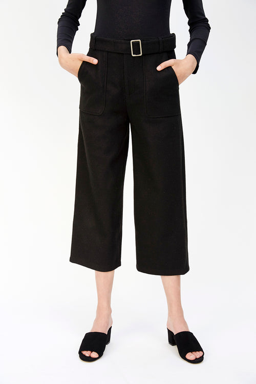 Wool Cropped Trouser | Black