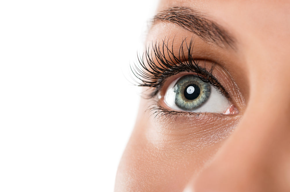 Reasons Why Eyelashes Fall Out