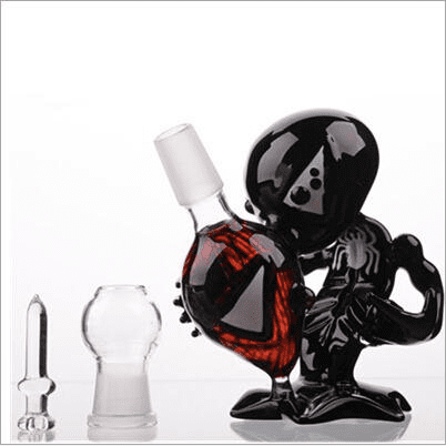 Alien Pipe and Bong